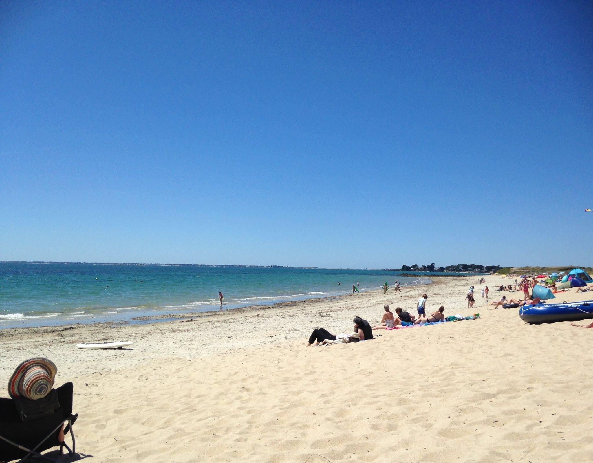 Camping 4 toiles face la mer piscine chauff e entre for Camping carnac plage avec piscine